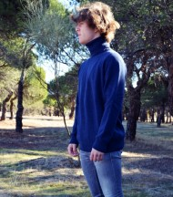Jersey cuello vuelto azul